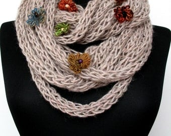 Scarf necklace - loop scarf - infinity scarf - neck warmer - hand knitted - in beige with flowers   E218