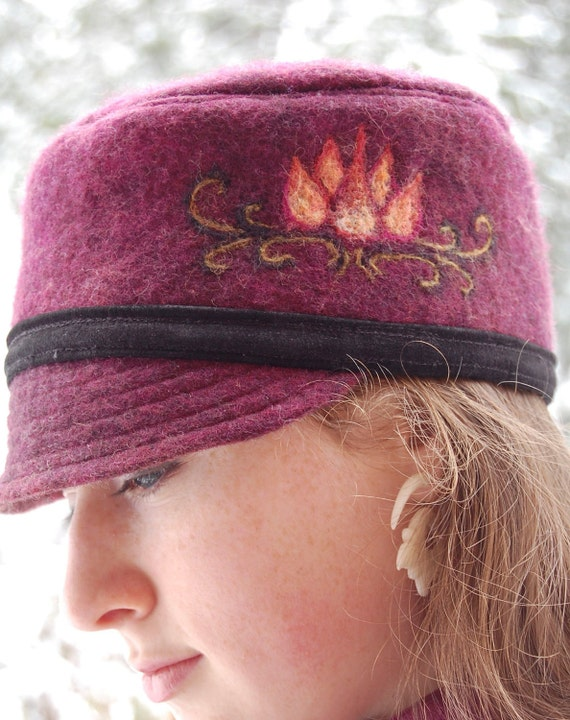 Red Felted Hat - Wet Felted Hats- Womens Winter Hats- Womens Hats Red- Wool Hats- Wool Felt Hats- Womens Felt Hat- Felted Clothing