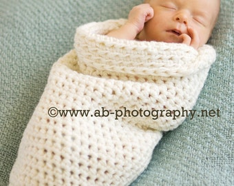 Newborn Cocoon, newborn photo prop, newborn wrap, crochet sleep sack, crochet baby cocoon, cream, natural