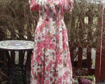 1940s Vintage floral tea or day dress women's UK 14 US 12
