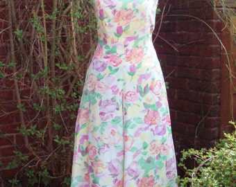 Pretty vintage summer dress floral fit and flare US 8 GB (UK) 10