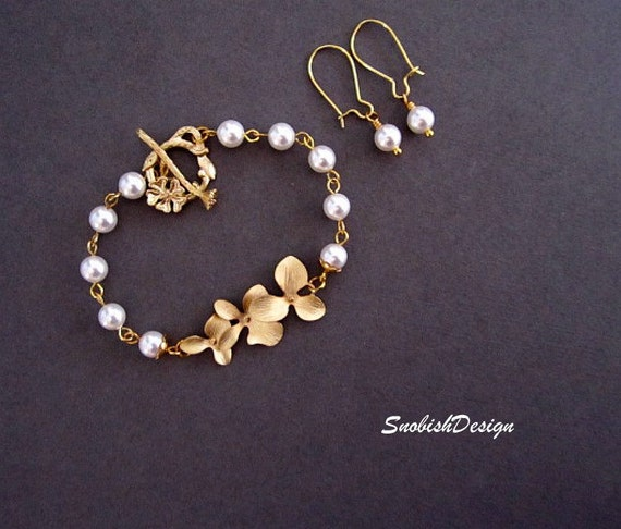 Orchid Jewelry Set, Orchid Bracelet, Pearl Bracelet, Wedding set, Wedding Bracelet, Bridal Bracelet, Bridal Set, Gift for Her, Gold bracelet