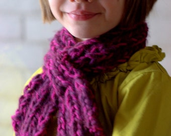 Child's Looped Scarflette Knitting Pattern (PDF DOWNLOAD)