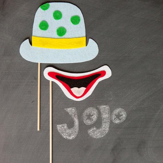 props on a stick - jojo the clown