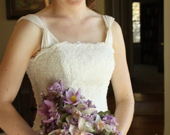 Purple Wedding Bouquet Spring Wedding, Garden Theme, Shabby Chic Style, Vintage Style, Lavender Color, Lilacs