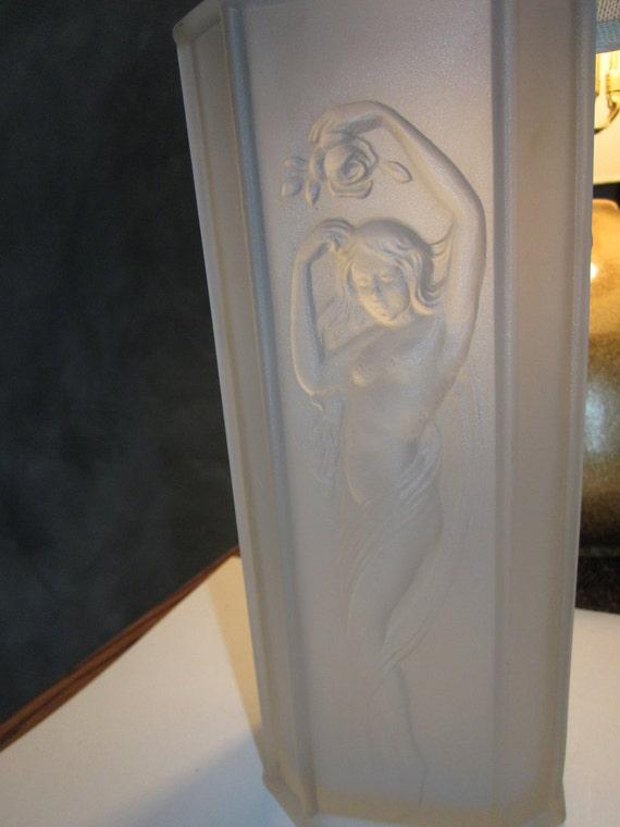 Gorgeous Tiffin Glass Art Deco Style Vase - U S Glass Company - No 16265