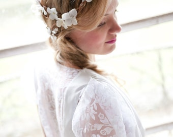 Back Cascade Flower Crown, Whimsical Headband, fairy wedding bridal,  white - BEATRICE - by DeLoopw