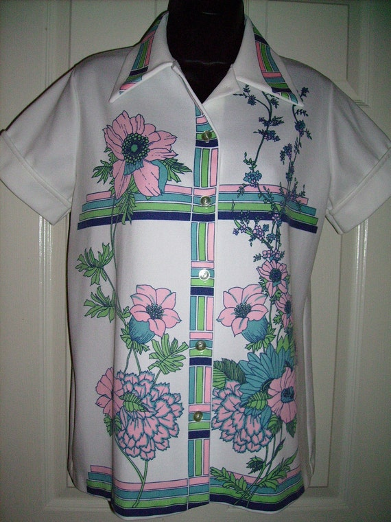 Rockabilly Vintage Ladies Blouse Small Medium Floral Print Pink Green Blue Pastel FREE SHIP retro Polyester Hamilton 8 Style