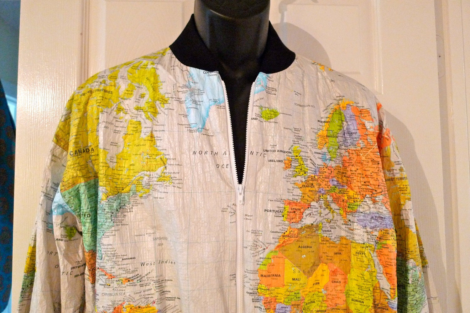 World map Paper jacket Wearin 39 The World Map cream white