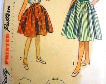 Simplicity 3214 Teen Girls 50s Blouse Skirt Sewing Pattern Breast Bust 30