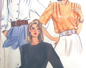 Vogue 7839 Womens Loose Fitting Front Button Blouse Sewing Pattern Bust 30 to 32