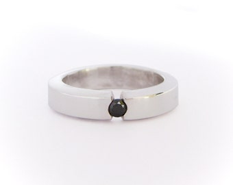 Black diamond  tension ring