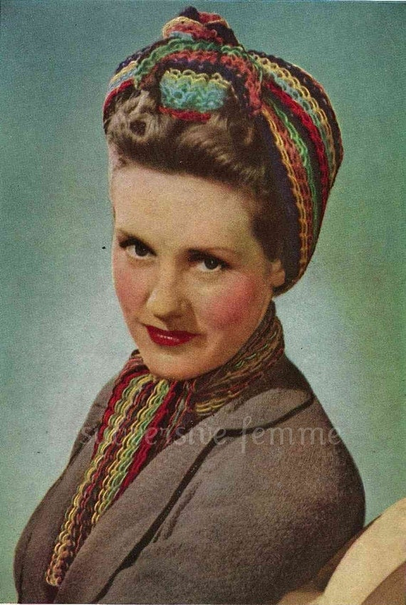 1940s War-era multi-coloured traingular head scarf and