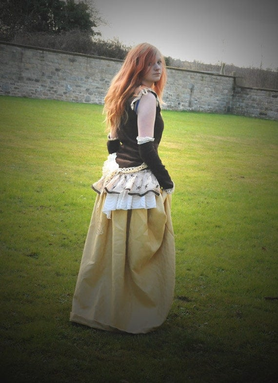 Steampunk outfit, Victorian or Renaissance costume, Size Medium M, Steam punk dress, long skirt & bodice top with vintage lace and bustle