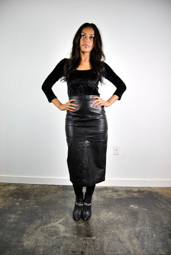 Long black leather pencil skirt – Modern skirts blog for you