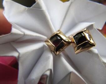 Red Gold Square Garnet  Earrings