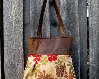 Purse  Handbag : Lorraine