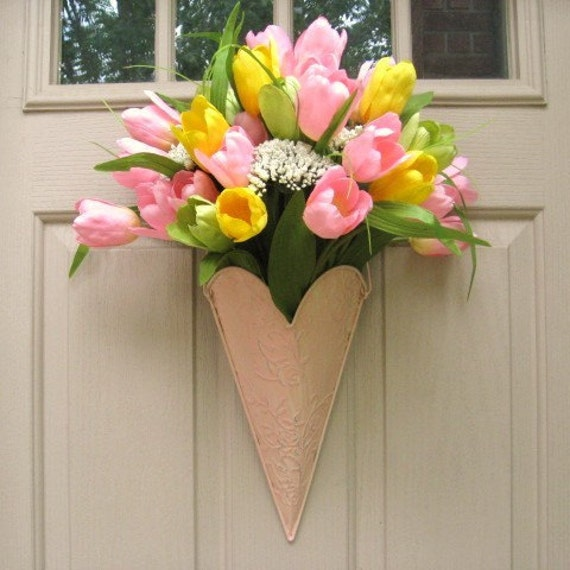 Tulip Wreath, Spring Wreaths, Easter Wreath, Pink Wreaths, Shabby Cottage Chic Decor, Mothers Day Bridal Baby Shower