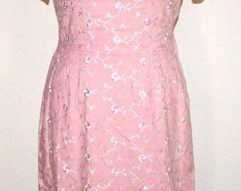 Vintage 1950s pretty pink embroidered wiggle dress waist 30 Viva rockabilly pinup MadMen