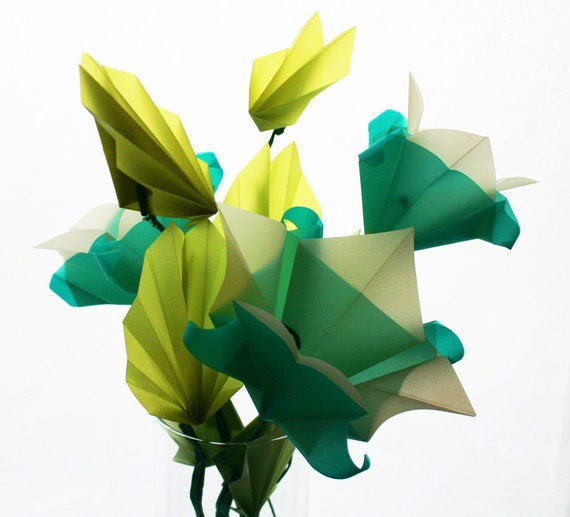 lune fleurs origami bouquet fleurs par nikkicrossapplesauce. Black Bedroom Furniture Sets. Home Design Ideas