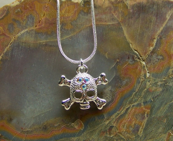 Skull and Swarovski Crystal Necklace Free Shipping US