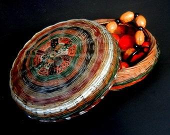 "Small Handmade and Folk Painted STORAGE/TRINKET/Potpourri BASKET / Chinese /  5 3/4""  /  mc08"
