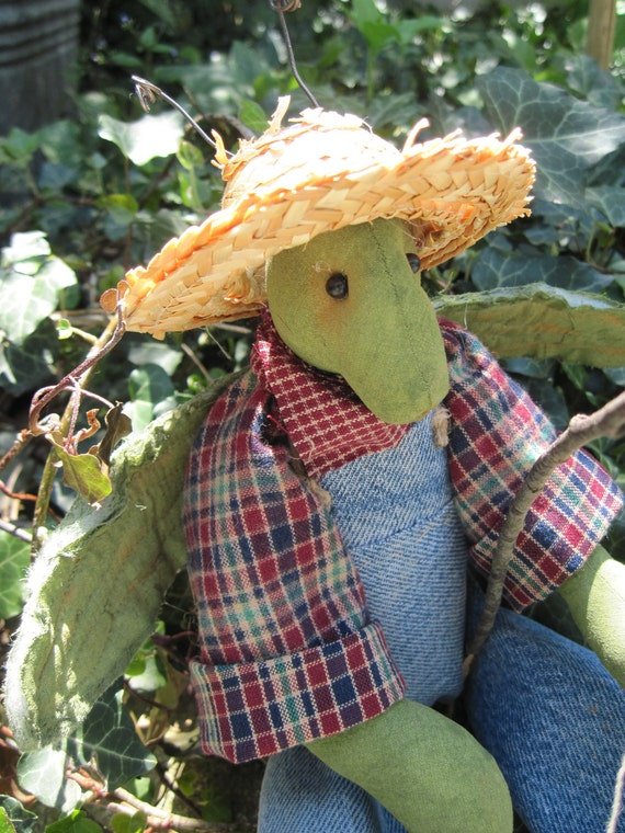 Primitive Folk Art Grasshopper, Summer Doll, Grasshopper, bug, Prim Grasshopper, Prim Bug
