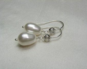 Bridesmaid Jewelry Pearl Drop Earrings - Pearl Bridal Earrings - Swarovski Crystal Pearl Earrings Bridesmaid Earrings - Wedding Jewelry