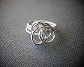 Medium Silver Twist Ring