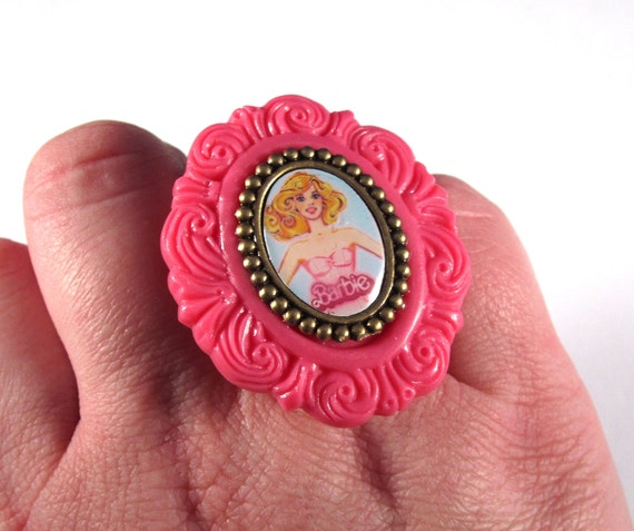 Barbie Cameo Pink and Gold Ring