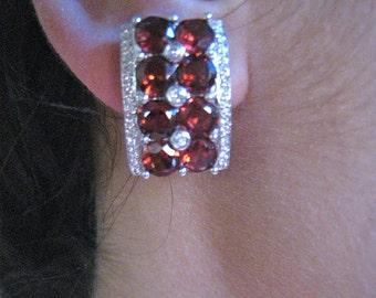 Garnet & Diamond Earings, 14k white gold
