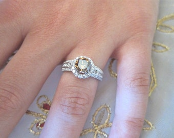 18K White gold Champaign Diamond engagement ring.