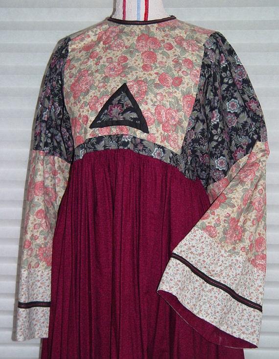 Boho Hippie Wedding Dress- SALE- Ren Faire Costume- Bust 36 inch