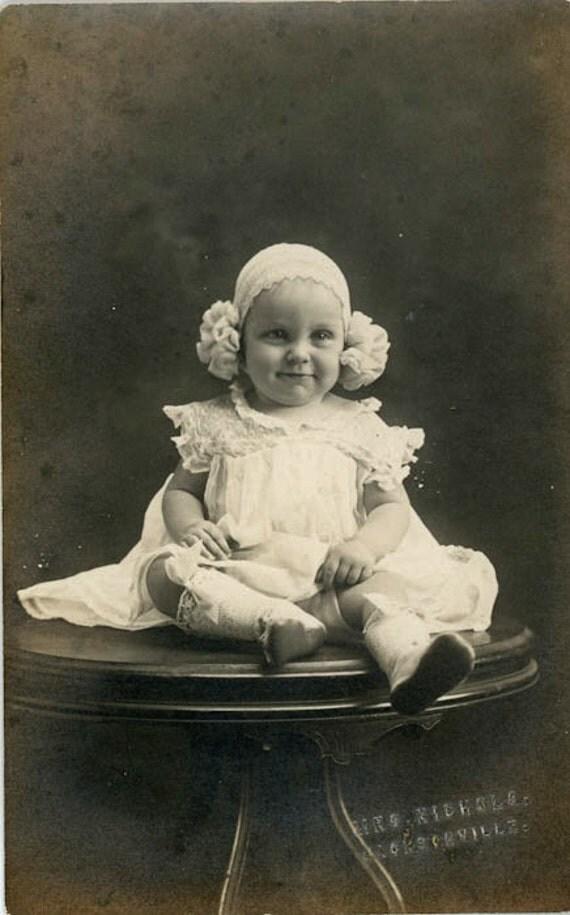 "Vintage Photo Postcard ""Super Cute Baby Girl"", Photography, Paper Ephemera, Snapshot, Old Photo, Collectibles - BC015"