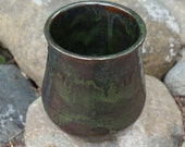 Kitchen Utensil Holder in Seaweed Green on Red Clay