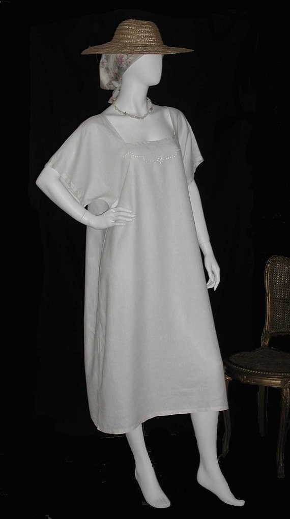 Edwardian White Linen Nightgown or Summer Dress With Cutwork Embroidery - L or XL Size