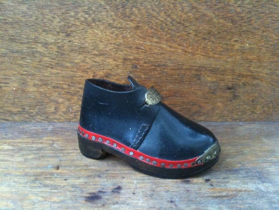 Vintage Black Wooden Decorative Shoe Ornament circa 1960's / English Shop