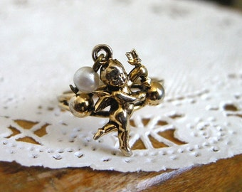 VINTAGE 1970s Cupid and Faux Pearl Adjustable Gold Tone Ring / Valentine's Day Angel with Bow and Arrow, Sweet Romantic Jewelry for Her