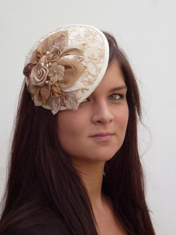 Dutch design mini saucerhat / fascinator in multi cream colouring  handmade flowers on alice band