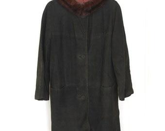 Vintage 60s Classic Suede Coat w/ Fur Collar -- Deep Dark Chocolate -- Sz M/L