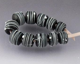 Lampwork glass bead set Black bead set Black and White bead set round bead set matte bead set matte black bead striped bead Cocoon Londez