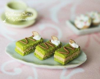 Dollhouse miniature food - Almond Pistachio Dessert 1/12 Scale