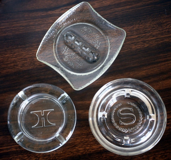 Three Vintage Hotel Ashtrays Hilton, Sheraton, Holiday Inn, ON SALE