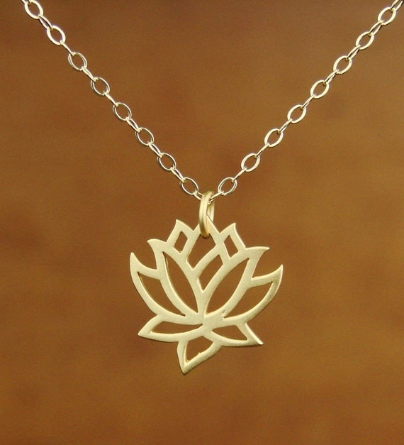Lotus Pendant Necklace in Gold, bridesmaid gift, wedding necklace,Mother's Day Gifts,
