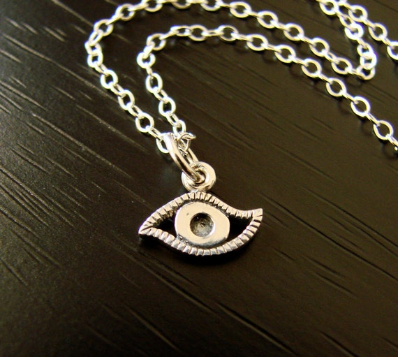 The LUCKY EYE Charm Necklace in Sterling Silver