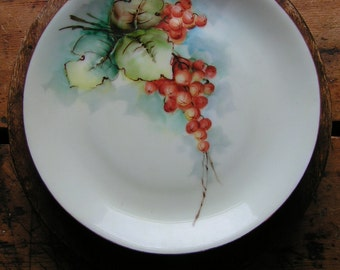 Vintage Bavarian Plate with Autumn Berries and Ivy