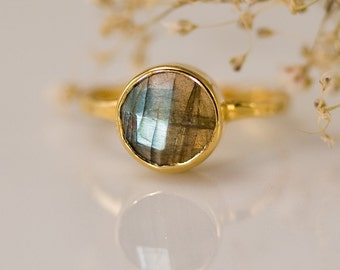Round Labradorite Ring Gold - Solitaire Ring - Stackable Stone Ring - Stacking Ring - Gold Ring - Round Ring