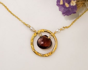 January Birthstone necklace - Garnet Necklace - 22k Gold Vermeil necklace - Hammered Circle Necklace- 14k Gold Filled