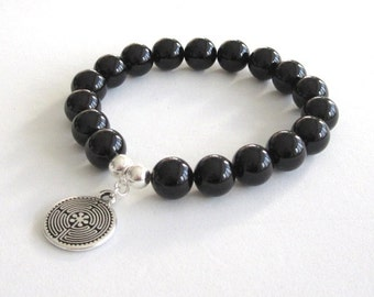 Labyrinth Symbol Mens Inspirational Jewelry Graduation Gift for Women Retirement, Black Onyx Chakra Strength Bracelet Meditation Worry Beads