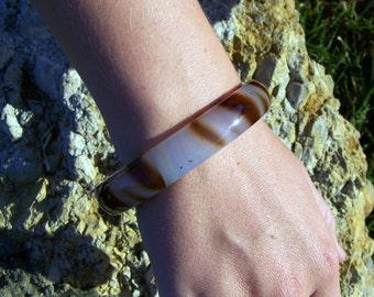 "Vintage 60's ""LUCITE BANGLE""  Tiger Stripe Brown and White Semi-Translucent Domed Top"